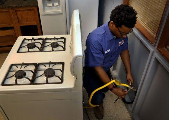 Universal Plumbing - Service Tech Position